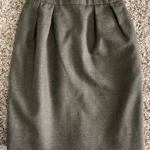 Dresses & Skirts - Vintage tulip wool skirt 0P
